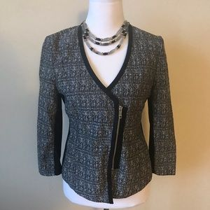 Short 3/4 Sleeve Jacket